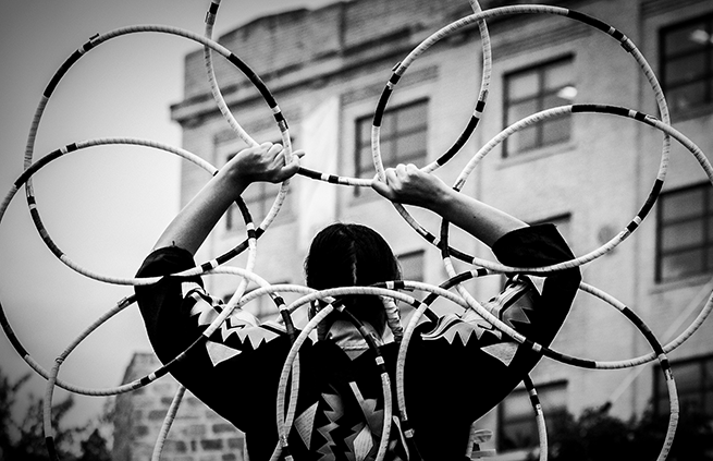 Hoop Dancer. Photo: Jessica Sigurdson/CMHR
