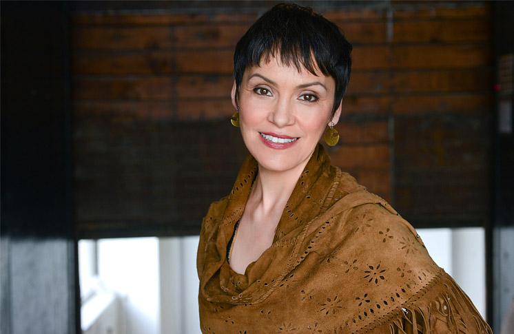 INUK SINGER SUSAN AGLUKARK INSPIRES POSITIVE CHANGE