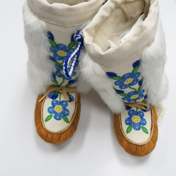 Handcrafted mukluks   Image source: adnc.ca