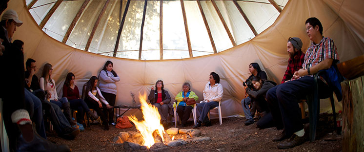 Aboriginal students learning from Elders and leaders at Trent University
