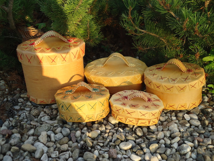 Cedar Baskets | Image source: Cree Star Gifts