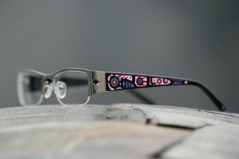 Chrétien's Ojibway-designs eyeglass frames hit the market