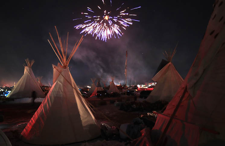 Thousands Celebrate with Standing Rock Sioux