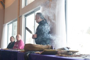 Ken Maracle (Cayuga) and Maurice Switzer (Mississauga) as they led a special Wampum Weaving Stories workshop | Image credit: Matt McGregor