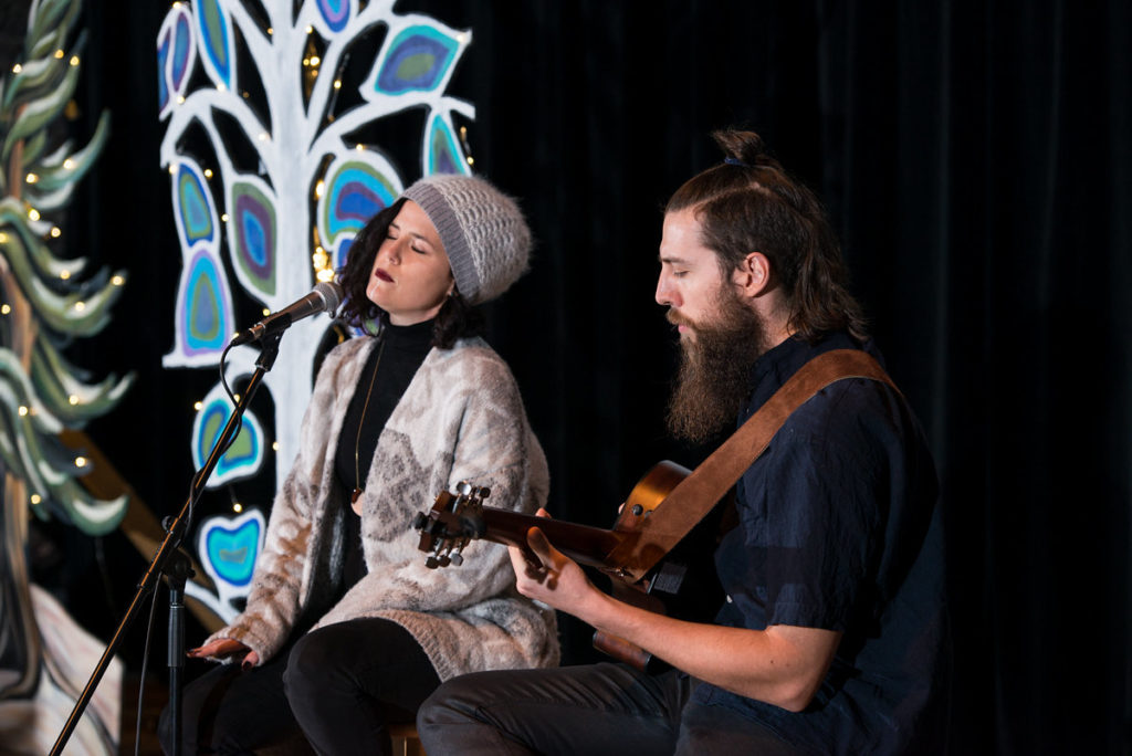Iskwé and Alex Mack on guitar | Image source: Meg Wallace