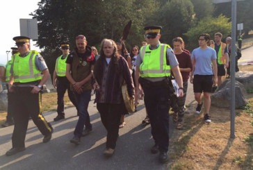 Indigenous Elders Block Kinder Morgan Construction for Hours, Face 14 Days in Jail